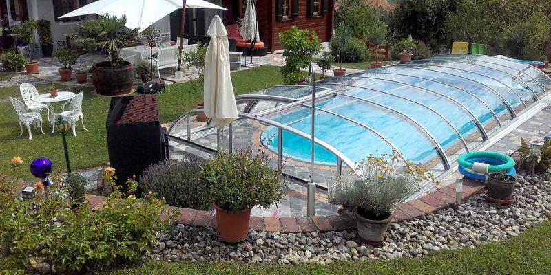 Eleganter Pool